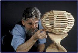 Kapla Erfinder beim Bauen. (C) kapla.com