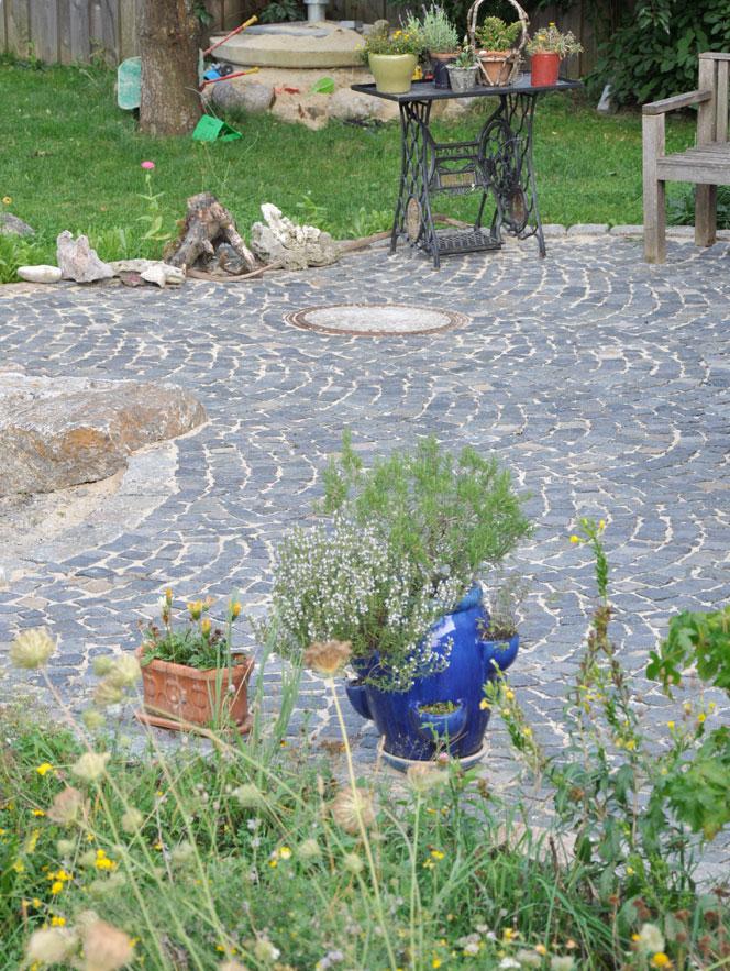 Hervorragend Gartenwege und Plätze selber pflastern LH45